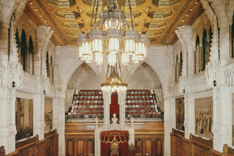 Deux nouveaux sénateurs se joignent à la Chambre haute