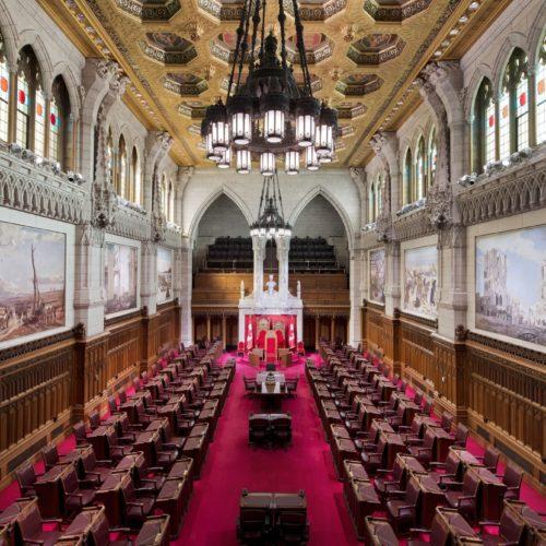 Appel à une supervision indépendante des dépenses du Sénat