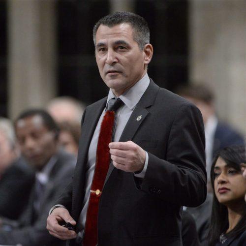 Première présence d'un ministre à la période des questions
