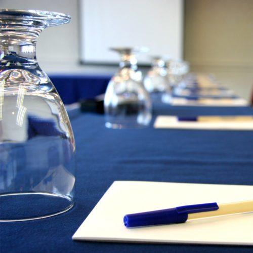 Sièges indépendants au sein des comités