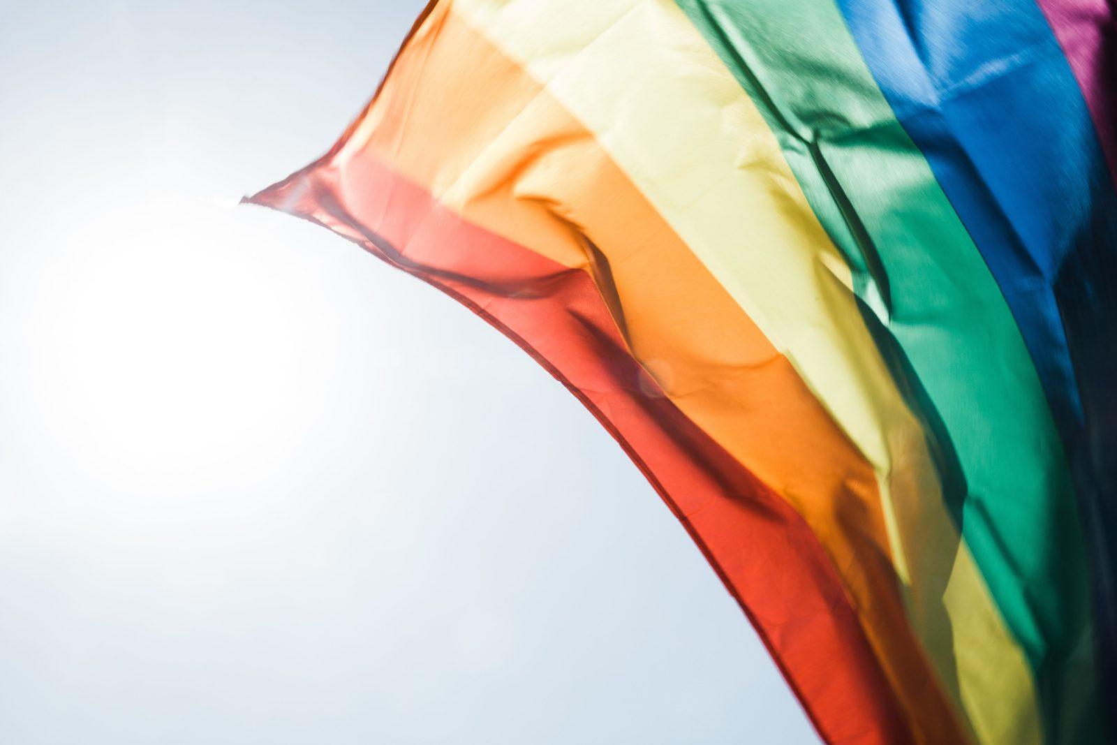 Le Sénat débat une loi visant à radier des condamnations constituant des injustices envers la communauté LGBTQ2 canadienne